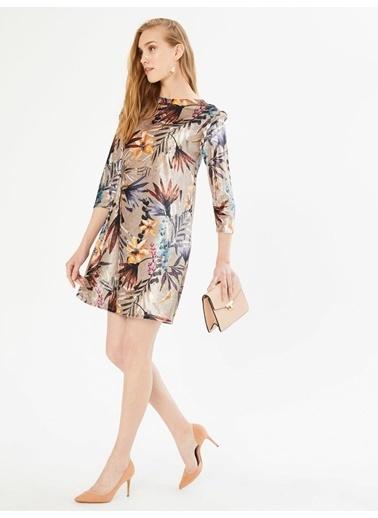 Xint Kolları Fırfırlı Çiçekli Mini Elbise Vizon